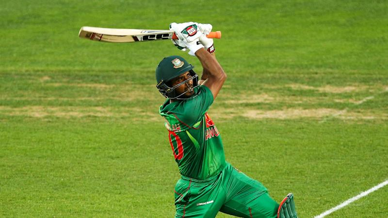 Chaos in Colombo as Mahmudullah blasts Tigers into final