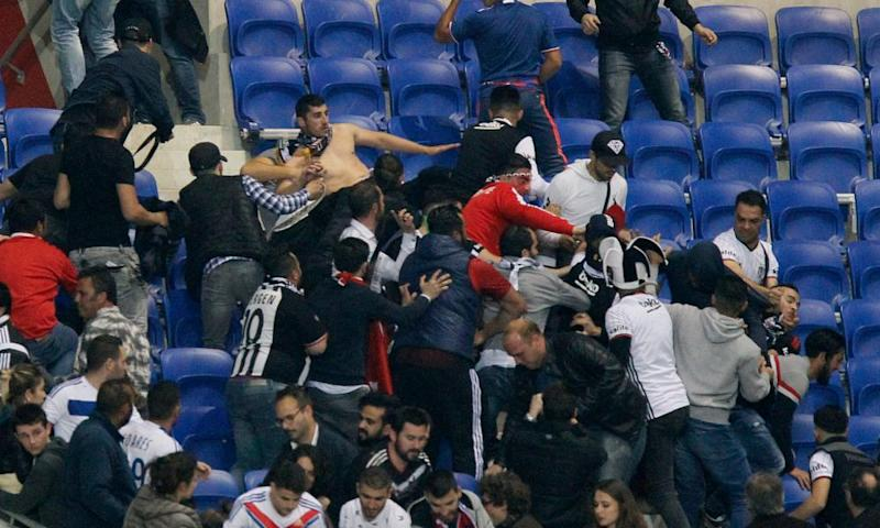 Lyon and Besiktas fans