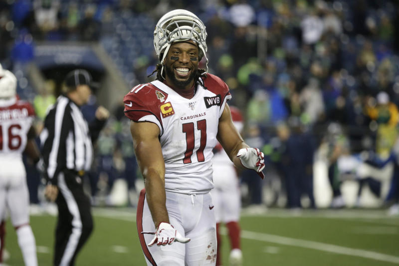 Arizona Cardinals wide receiver Larry Fitzgerald has signed a one-year contract to play a 17th season. (AP/Lindsey Wasson)