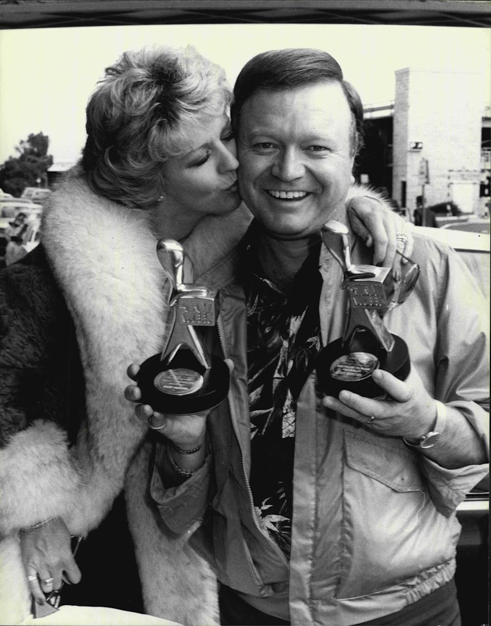 Golden Logie winner for 1981 Bert Newton and his wife Petty, arrive at Ansett terminal for flight home to Melbourne. April 11, 1981. (Photo by Antony Matheus Linsen/Fairfax Media via Getty Images).