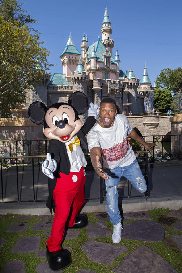 <p>The <i>Baby Driver</i> star celebrated the success of his movie at Disneyland. As a VIP, he had a one-on-one with Mickey Mouse. (Photo: Joshua Sudock/Disneyland Resort via Getty Images) </p>