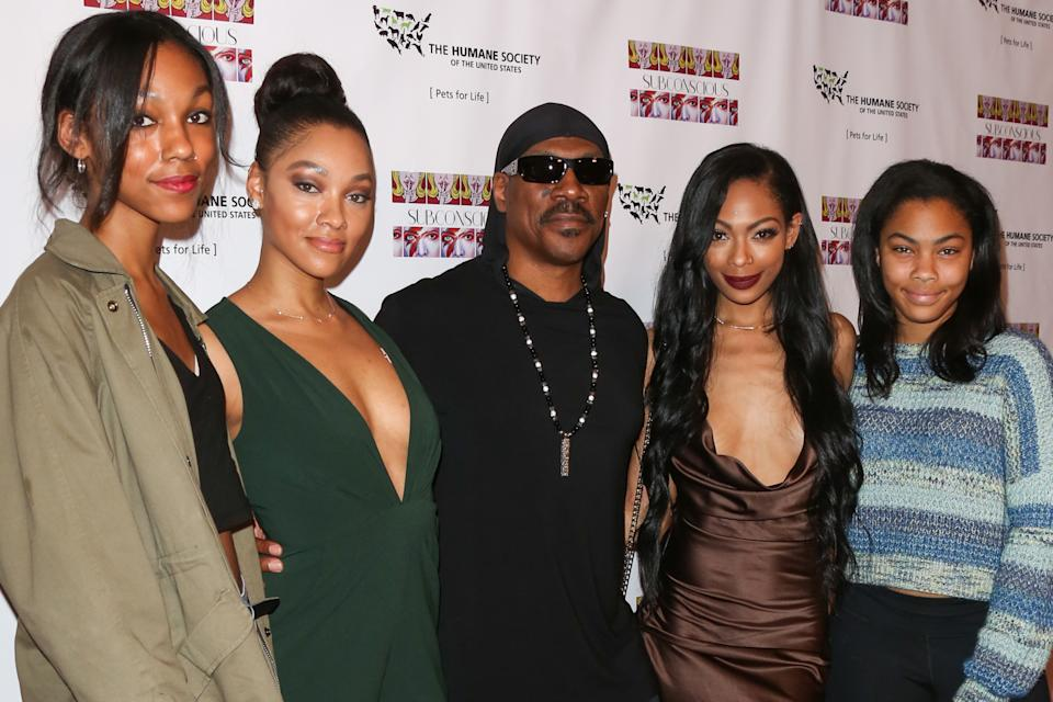 LOS ANGELES, CA - NOVEMBER 20:  (L-R) Zola Murphy, Bria Murphy, Eddie Murphy, Shayne Murphy and Bella Murphy attend the debut gallery opening of Bria Murphy's