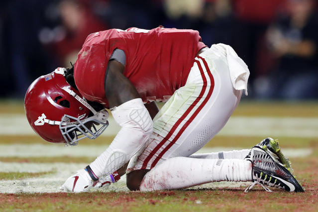 Alabama WR Jerry Jeudy reacts to dropping a would-be TD pass vs. LSU. (Photo by Kevin C. Cox/Getty Images)