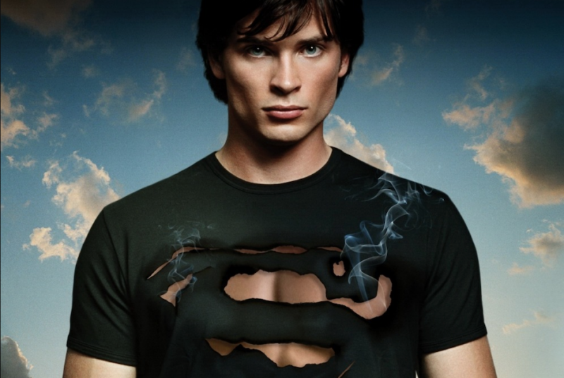 Tom Welling to reprise Smallville Clark Kent role in CW Arrowverse crossover