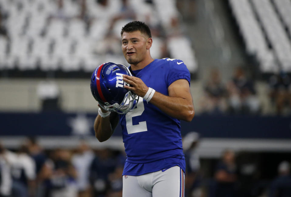 New York Giants' Aldrick Rosas (2) warms up before a NFL football game against the Dallas Cowboys in Arlington, Texas, Sunday, Sept. 8, 2019. (AP Photo/Michael Ainsworth)