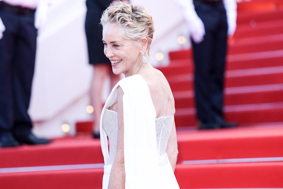CANNES - JULY 17: Sharon Stone arrives to the CEREMONIE DE CLOTURE and premiere of