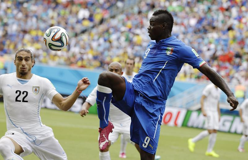 Balotelli in line for Liverpool debut at Spurs