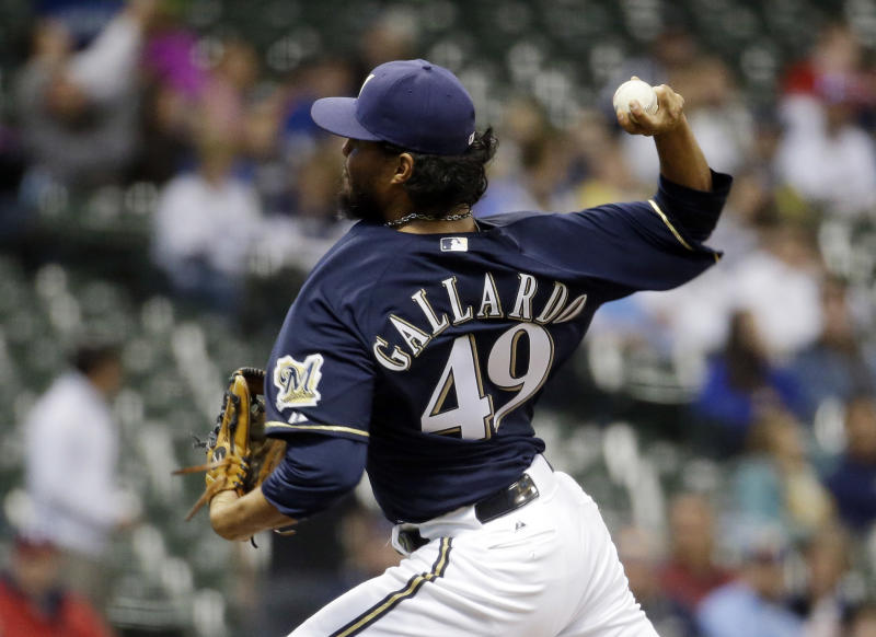 Headley's HR lifts Padres past Brewers 2-1 in 12