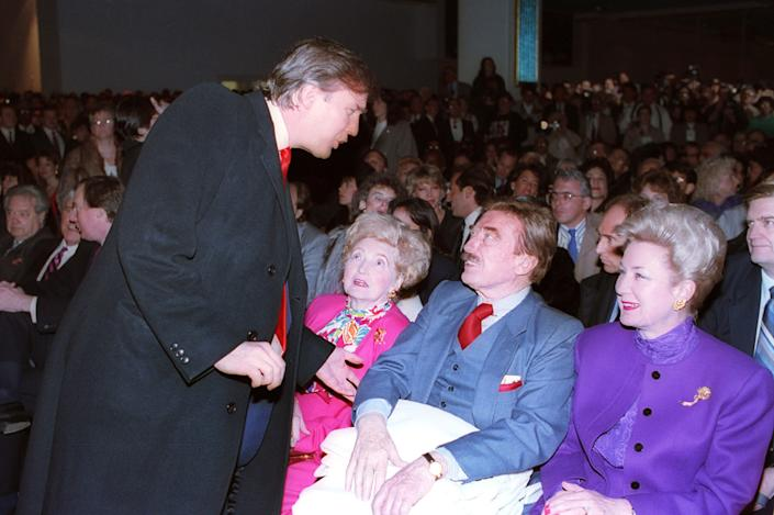 Trump Taj Mahal with, from left, his mother Mary, his father, Fred, and his sister, U.S. District Court Judge Maryanne Trump Barry, April 6, 1990, in Atlantic City. (Photo: AP)