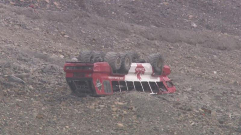 Three dead, 24 injured after glacier sightseeing bus rolls over in Canada