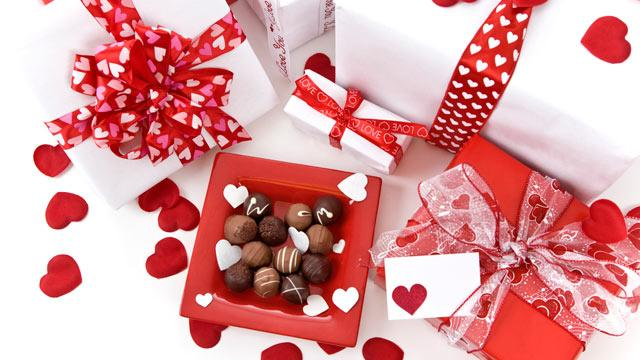 Valentine's Day Gift Guide for All Loves