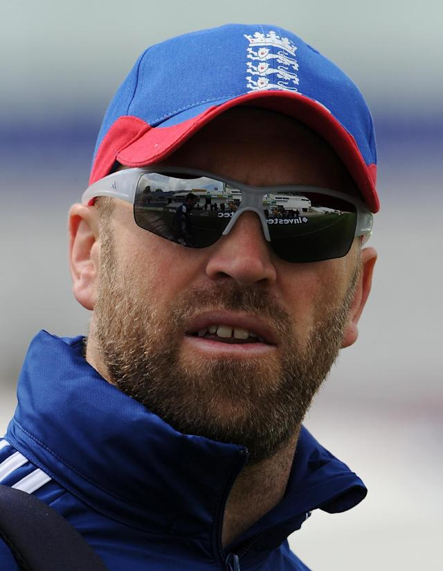 File picture taken on May 23, 2013 shows England's Matt Prior arriving for indoor training on the eve of the second Test between England and New Zealand at the Headingley cricket ground in Leeds, northern England (AFP Photo/Andrew Yates)