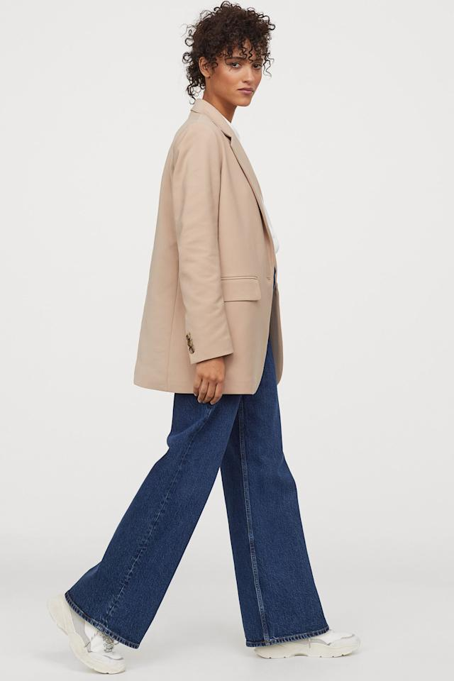 """<p>This versatile <a href=""""https://www.popsugar.com/buy/HampM-Straight-cut-Jacket-559048?p_name=H%26amp%3BM%20Straight-cut%20Jacket&retailer=www2.hm.com&pid=559048&price=50&evar1=fab%3Aus&evar9=41975953&evar98=https%3A%2F%2Fwww.popsugar.com%2Ffashion%2Fphoto-gallery%2F41975953%2Fimage%2F47329942%2FHM-Straight-Cut-Jacket&list1=shopping%2Cfall%20fashion%2Cfall%2Cspring%20fashion%2Cstyle%20tips&prop13=mobile&pdata=1"""" rel=""""nofollow"""" data-shoppable-link=""""1"""" target=""""_blank"""" class=""""ga-track"""" data-ga-category=""""Related"""" data-ga-label=""""https://www2.hm.com/en_us/productpage.0854301001.html"""" data-ga-action=""""In-Line Links"""">H&amp;M Straight-cut Jacket</a> ($50) is easy to wear with jeans or trousers.</p>"""