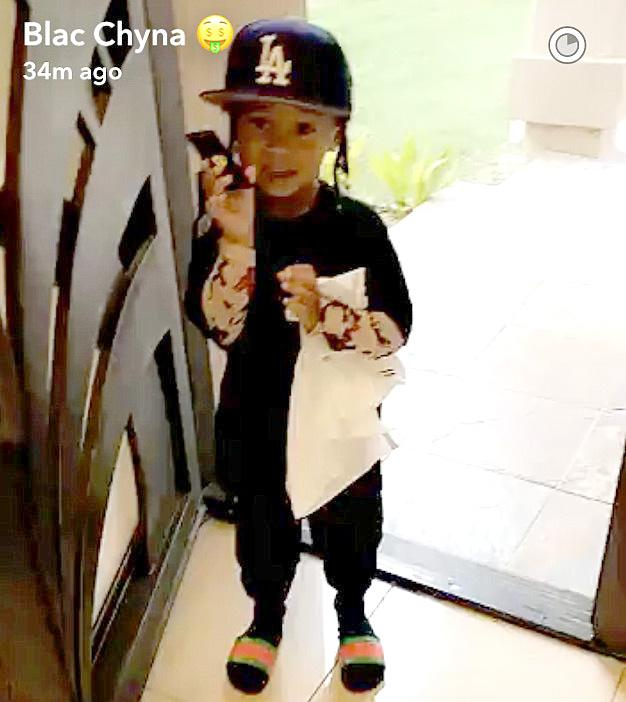 King Cairo does his best Rob Kardashian impression. (Photo: SnapChat)
