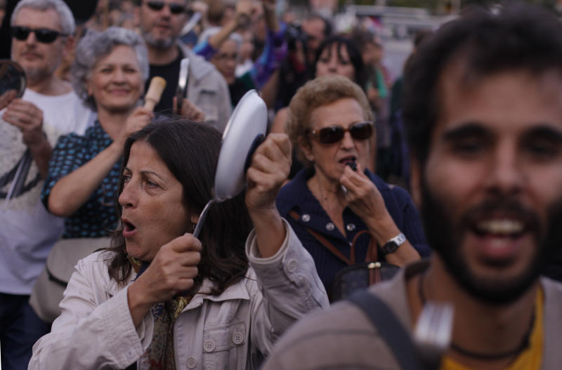 Thousands march in Spain to protest austerity