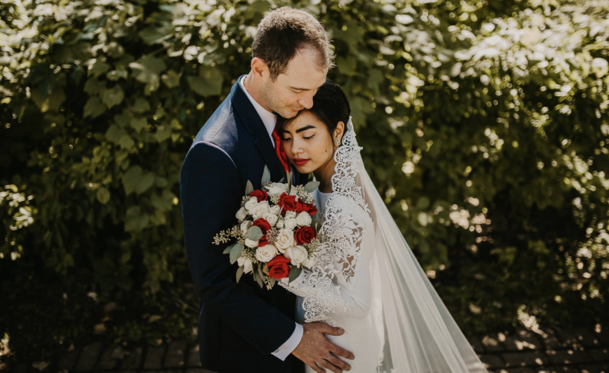 Tina Nguyen started a movement when she offered to lend her wedding dress to brides in need. (Photo: Madalyn Vermeer / MV Photos)