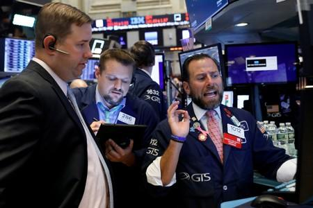 'Goldilocks' jobs data propels Wall St. to best day since August