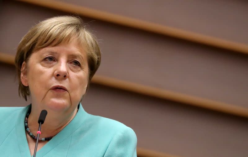 Merkel wants swift EU deal on COVID economic recovery to grow unity