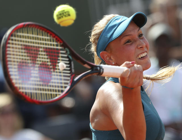 Croatia's Donna Vekic returns a shot against Russia's Maria Sharapova during their second round match of the French Open tennis tournament at the Roland Garros stadium in Paris, France, Thursday, May 31, 2018. (AP Photo/Thibault Camus)
