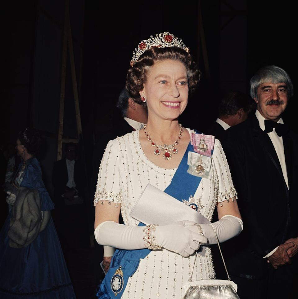<p>For a royal gala at the Covent Garden on May 30, 1977, the Queen donned a tiara made from rubies given to her by the Burmese people for her coronation.</p>