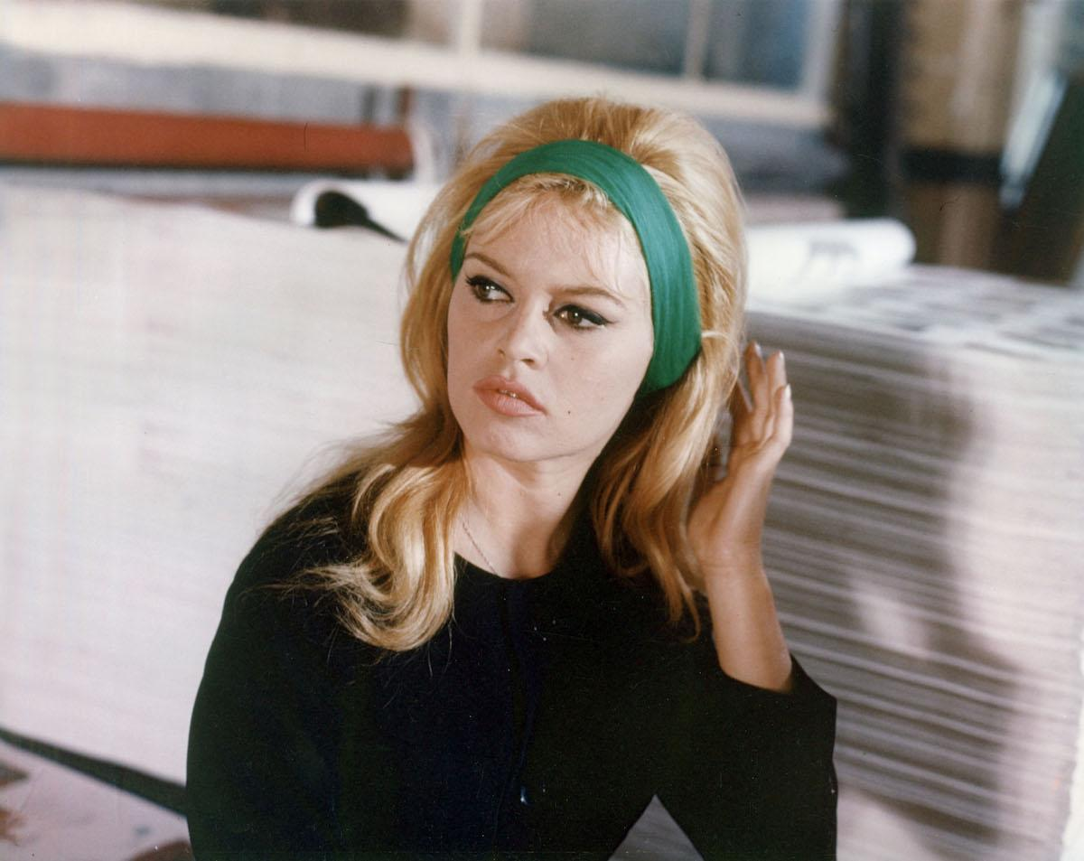 <p>Actress Brigitte Bardot, photographed in 1963, gives us hair and eyeliner goals to this day. (Photo: Getty Images) </p>