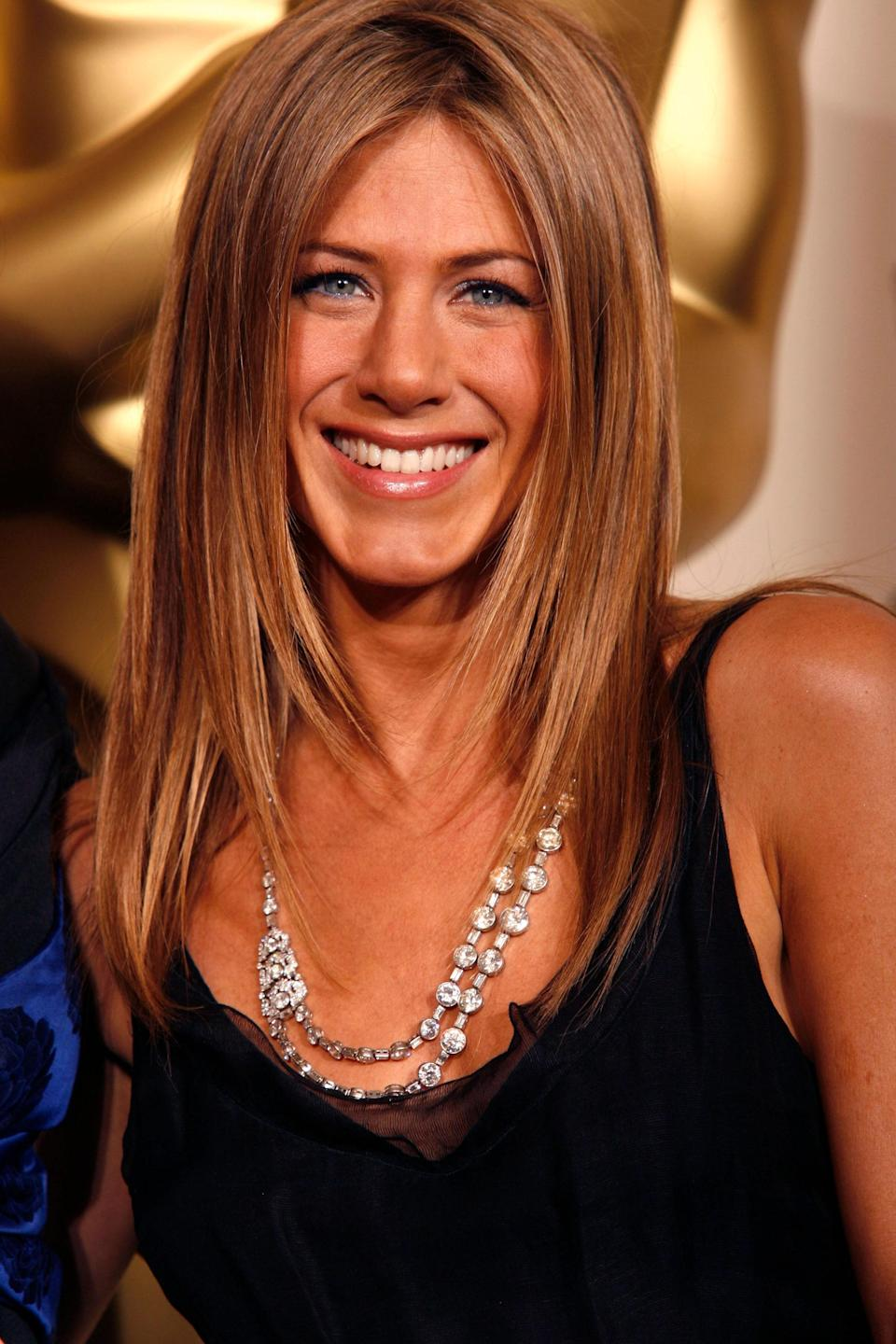 Dresses rarely repeat at the Oscars, but a select number of jewels do. When Jennifer Aniston chose a stunning Art Deco necklace from Bulgari for the 2006 ceremony, the piece proved irresistible. The lengthy chain with 137 carats worth of diamonds was so appealing, in fact, that Ashley Judd revisited it a decade later.