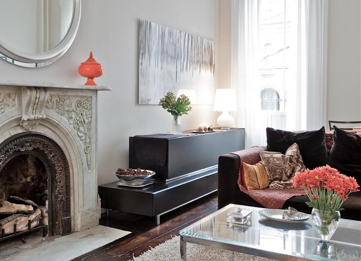 11 paint colors designers pick for their own homes for Design your own room benjamin moore