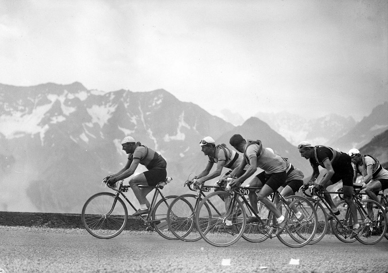 <p>Cyclists pass a French mountain range in the 1937 competition.</p>