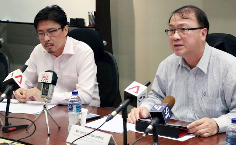 Alvin Kek Left Smrt Trains Senior Vice President For Rail Operations Nsewl And Chua Chong Keng Ltas Deputy Chief Executive Officer At Wednesdays