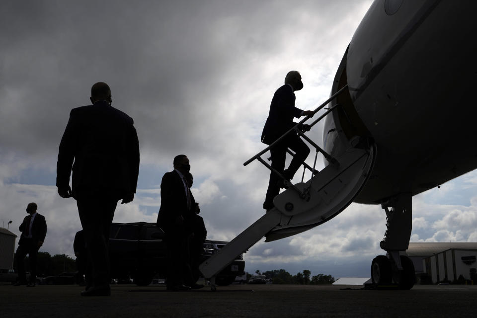 Democratic presidential candidate former Vice President Joe Biden boards his plane at Allegheny County Airport in West Mifflin, Pa., after speaking at a campaign event in Pittsburgh, Pa., Monday, Aug. 31, 2020. (AP Photo/Carolyn Kaster)