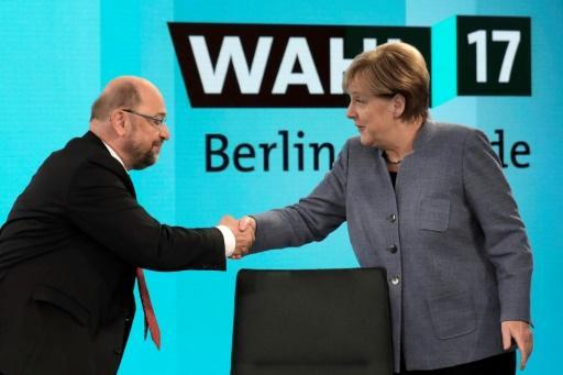 <p>Germans SPD says ready for talks to end political crisis</p>