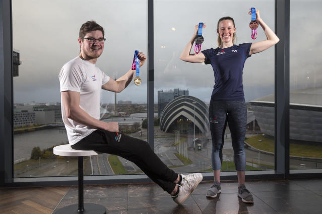 Hannah Miley was joined by Scott McLay in Glasgow for the medal unveiling