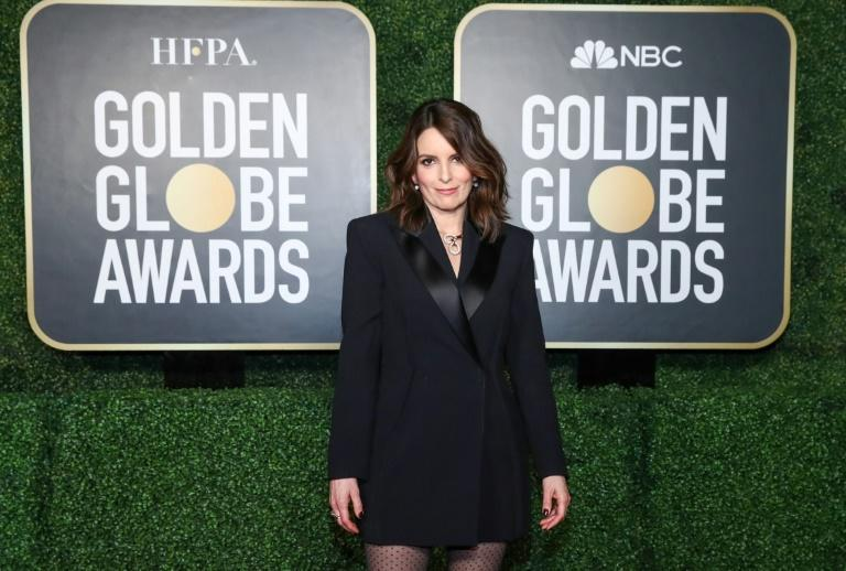 Golden Globes co-host Tina Fey opted for basic black