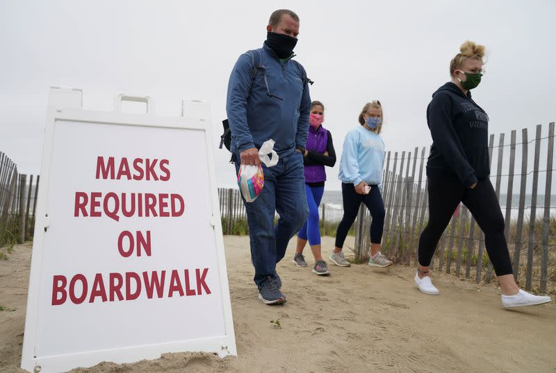 U.S. CDC reports total of 1.6 million coronavirus cases and 97,049 deaths