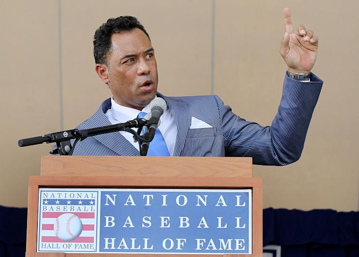 COOPERSTOWN, NY - JULY 24:  Roberto Alomar gives his speech at Clark Sports Center during the Baseball Hall of Fame induction ceremony on July 24, 2011 in Cooperstown, New York. In 17 major league seasons, Alomar tallied 2,724 hits, 210 home runs, 1,134 RBI, a .984 fielding percentage and a .300 batting average.  (Photo by Jim McIsaac/Getty Images)