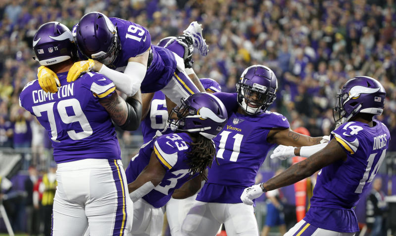 5aec8ea5 Dalvin Cook TD leads to Vikings limbo party