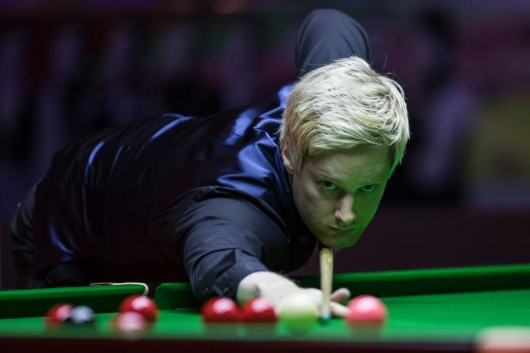 Australia's 2010 world champion Neil Robertson says he has high expectations of his chances in adding a second world title as he faces three-time champion Mark Selby in the quarter-finals