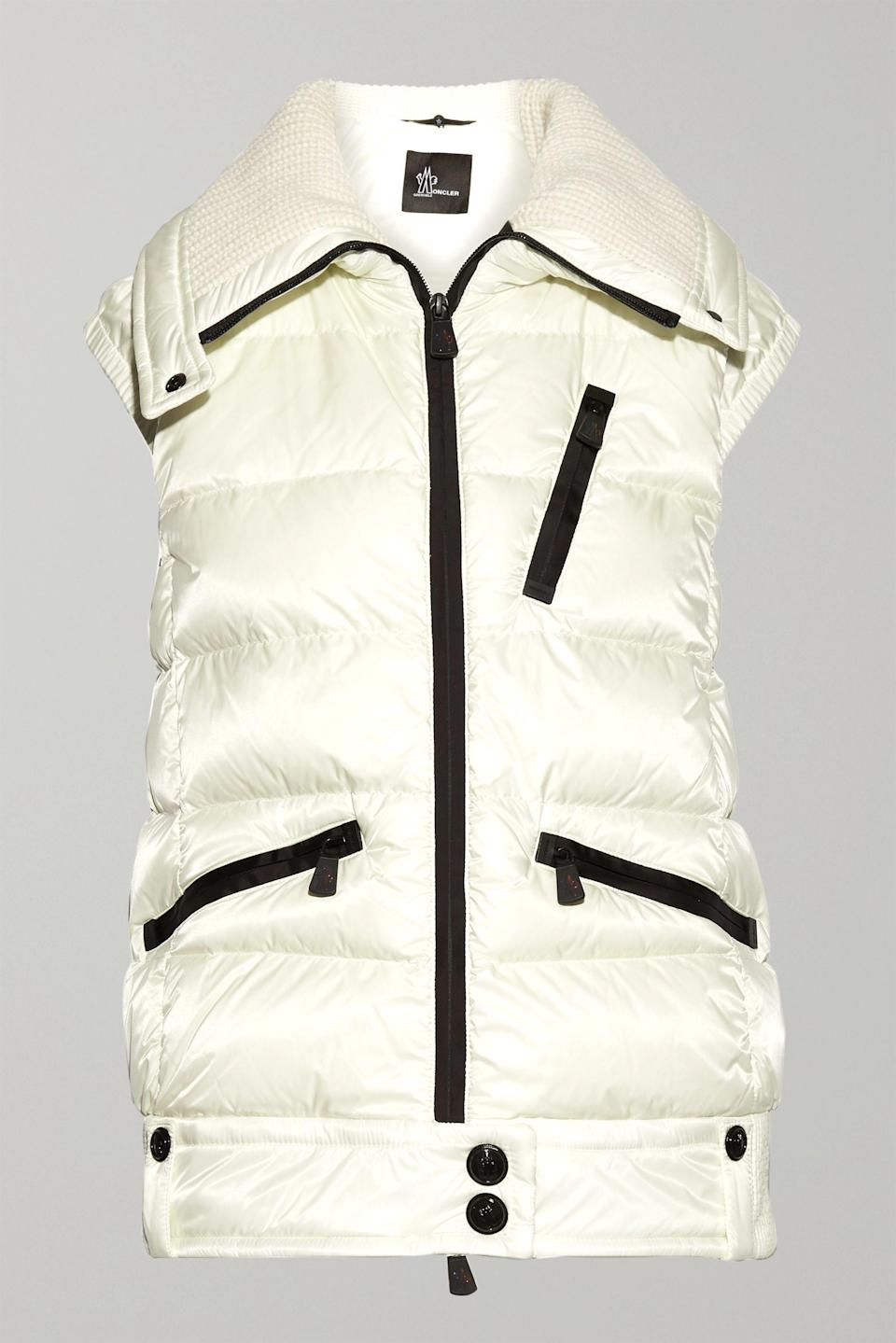 "<p><strong>Moncler Grenoble</strong></p><p>net-a-porter.com</p><p><strong>$1295.00</strong></p><p><a href=""https://go.redirectingat.com?id=74968X1596630&url=https%3A%2F%2Fwww.net-a-porter.com%2Fen-us%2Fshop%2Fproduct%2Fmoncler-grenoble%2Fles-bains-quilted-down-vest%2F920353&sref=https%3A%2F%2Fwww.townandcountrymag.com%2Fstyle%2Ffashion-trends%2Fg13532208%2Fwhat-to-wear-skiing%2F"" rel=""nofollow noopener"" target=""_blank"" data-ylk=""slk:Shop Now"" class=""link rapid-noclick-resp"">Shop Now</a></p><p>Ditch your down coat, but stay toasty with a white quilted down vest. </p>"