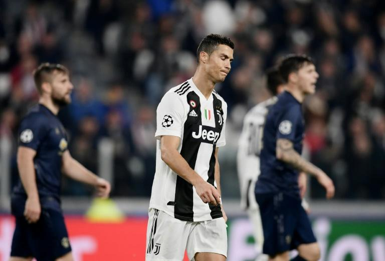 Cristiano Ronaldo put Juventus ahead with a brilliant goal before Manchester United fought back to win 2-1 in Turin