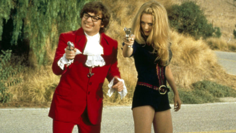 Mike Myers and Heather Graham in 'Austin Powers: The Spy Who Shagged Me'. (Credit: New Line Cinema)