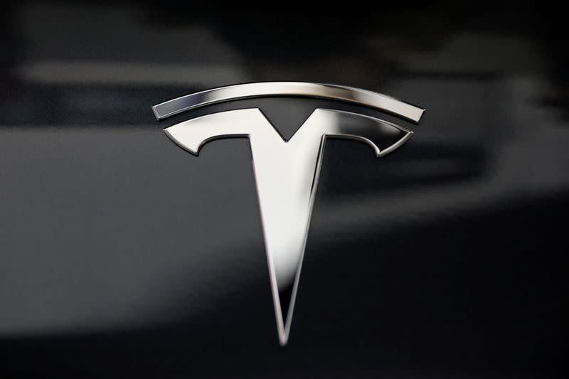 U.S. safety board to issue new recommendations in probe of fatal Tesla Autopilot crash