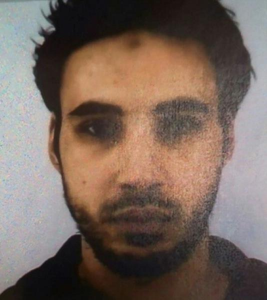 French officials are urging the public to alert the police with any tips on the whereabouts of Cherif Chekatt, the suspected Strasbourg gunman
