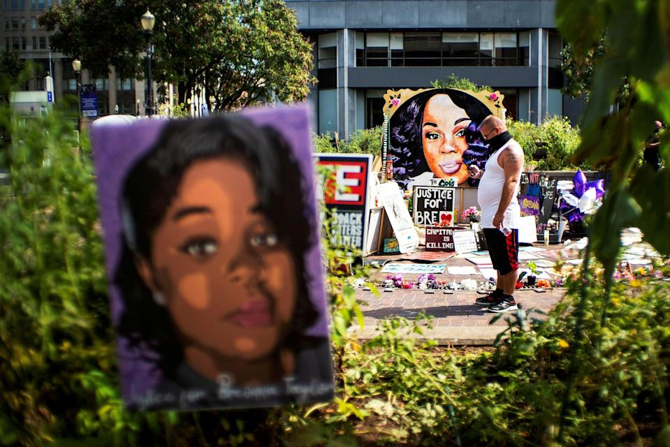 Officer involved in Breonna Taylor shooting has spoken out (REUTERS)