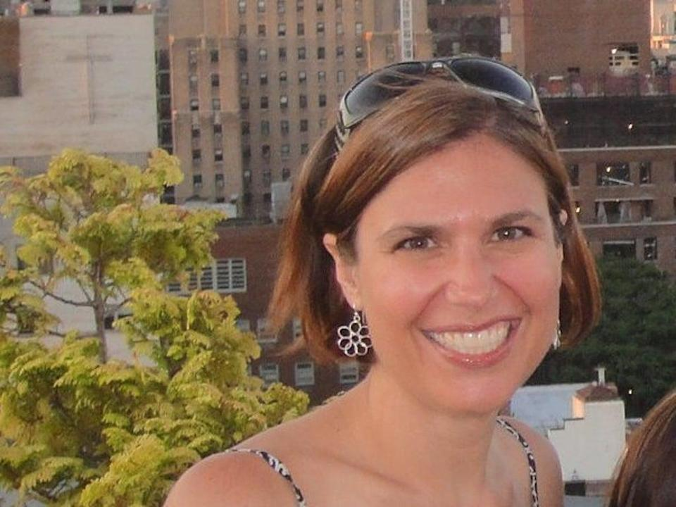 Dr Lorna Breen, who was working on the frontlines of New York's coronavirus crisis, died by suicide (Lorna Breen / Facebook)