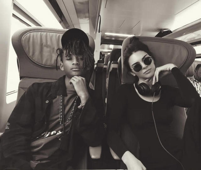 """<p>Best mates Jaden Smith and Kendall Jenner went first class as they traveled acrossed the pond to """"London town."""" (Photo: Kendall Jenner via Instagram ) </p>"""