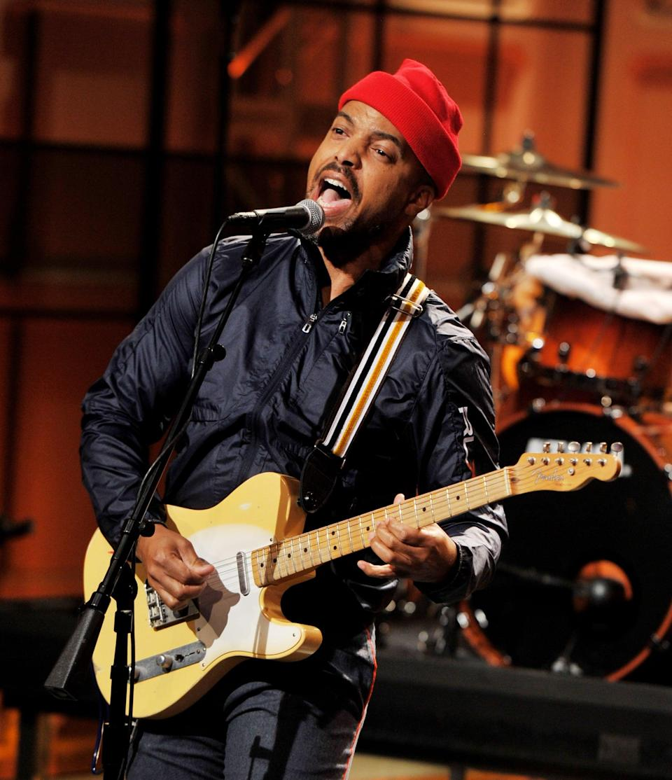 """<p>Before he was big-time songwriter and producer, Van was a student at Morehouse College in Atlanta, studying English. However, school wasn't for him and he soon dropped out to follow his real dream of producing music. He told <strong>Essence</strong> he was a """"<a href=""""http://www.essence.com/celebrity/13-things-you-didnt-know-about-van-hunt/"""" class=""""link rapid-noclick-resp"""" rel=""""nofollow noopener"""" target=""""_blank"""" data-ylk=""""slk:terrible student"""">terrible student</a>."""" He noted that if music hadn't worked out, he'd probably be pursuing a career having to do with applied mathematics or astrophysics.</p>"""