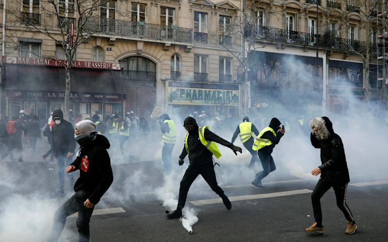 Police fired tear gas in Paris and a number of other cities - AP