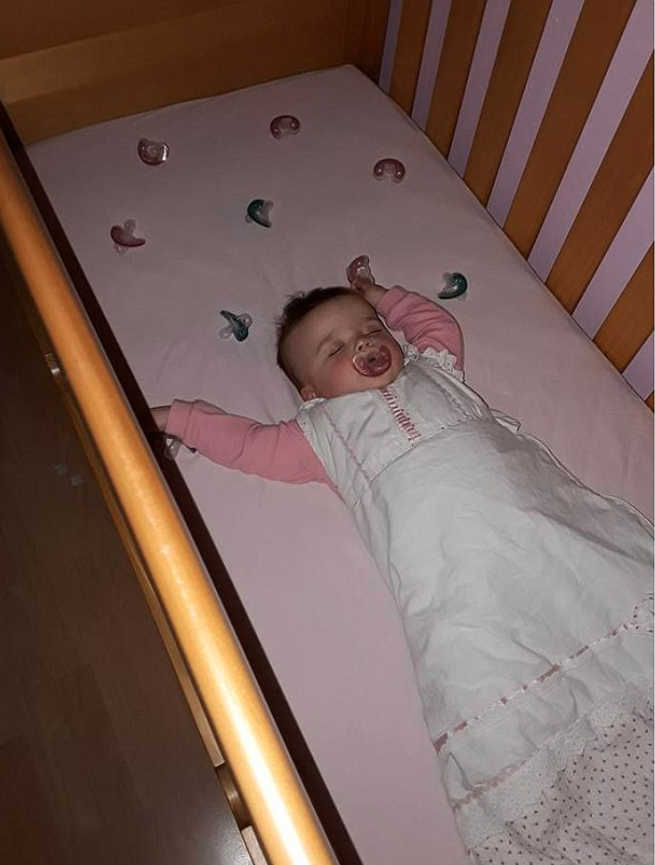 A mu has revealed her genius trick for keeping her baby asleep. Photo: Facbeook