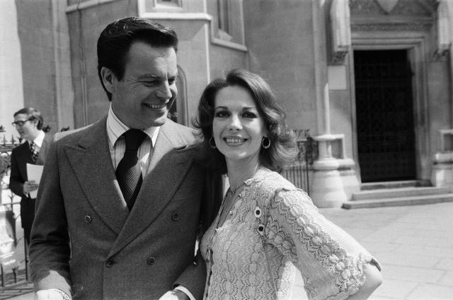 Robert Wagner and Natalie Wood, photographed in London in 1976, five years before her death. (Photo: Getty Images)