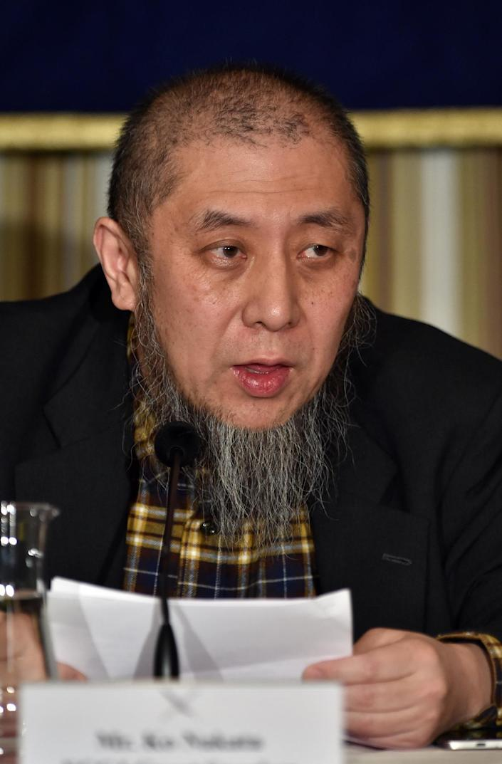 Ko Nakata, Islamic law scholar and visiting professor of Japan's Doshisha University, speaks to the press in Tokyo, on January 22, 2015, saying he would be able to mediate talks between the Japanese government and the Islamic State group (AFP Photo/Yoshikazu Tsuno)
